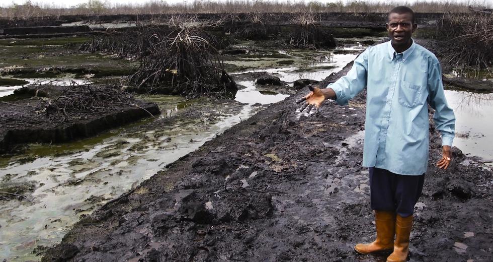 Petrolio nel Delta del Niger, al via la bonifica. È la vittoria di Ken Saro-Wiwa