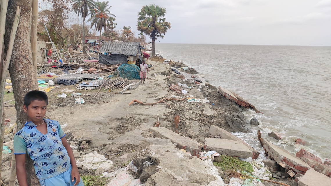 India, the brutal effects of Cyclone Amphan in West Bengal ...