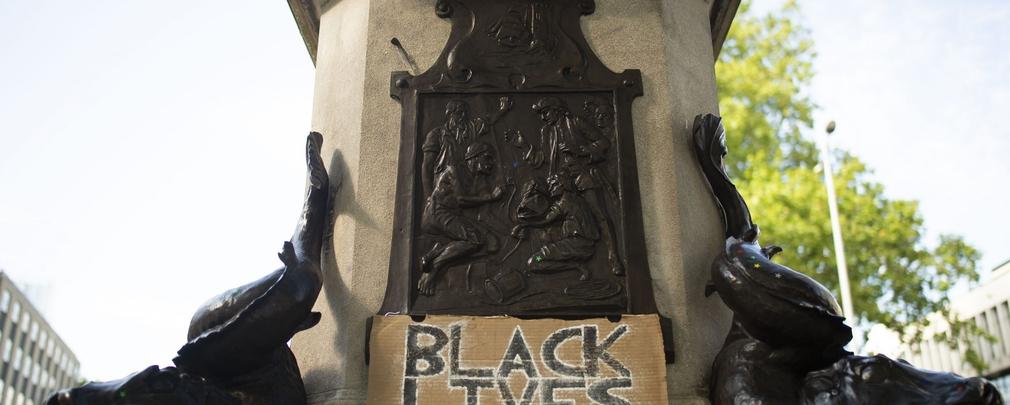 Black lives matter, cosa ci raccontano le statue abbattute nel mondo