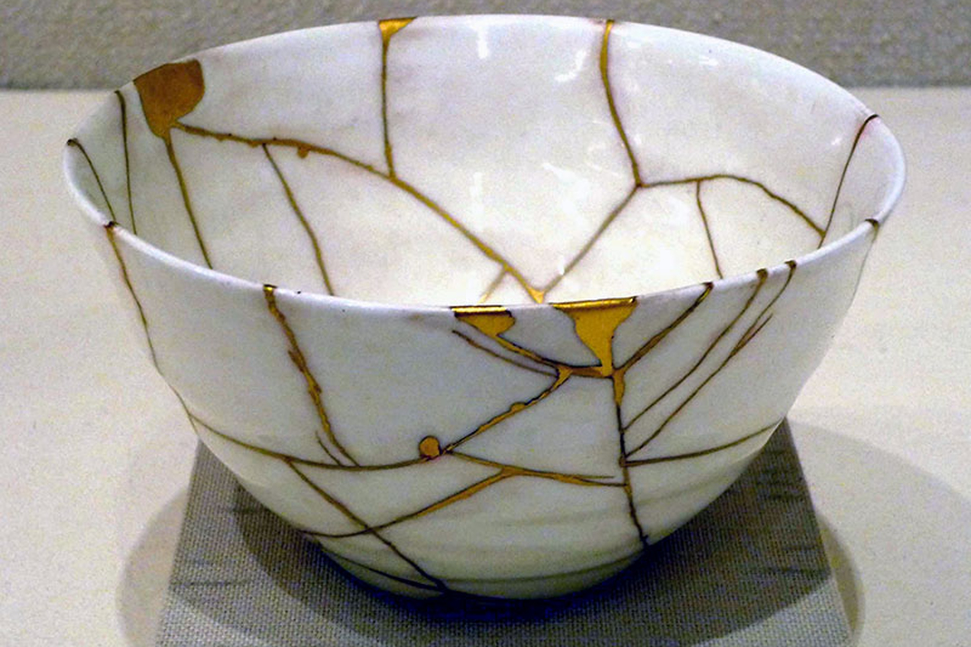 Kintsugi: the art of precious scars - LifeGate