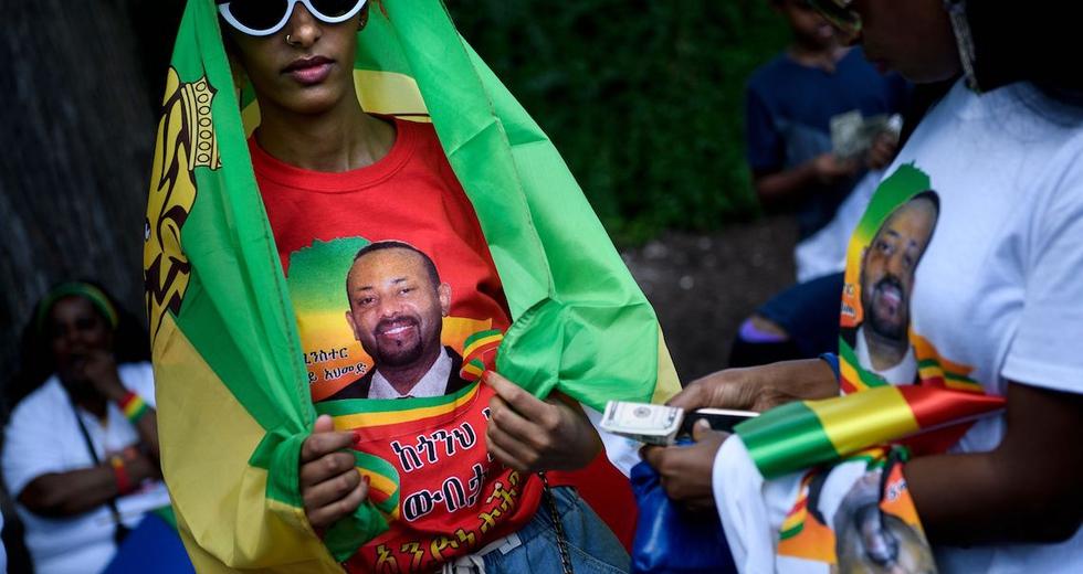 Chi è Abiy Ahmed, primo ministro, premio Nobel e volto dell'Etiopia che spera nella pace