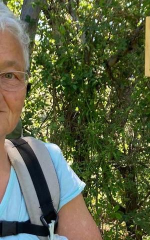 La storia di Nonna Giuliana, da Gubbio a Roma a piedi per se stessa e per le donne