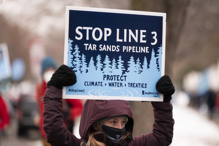 La lotta dei nativi del Minnesota contro l'ampliamento dell'oleodotto Line 3