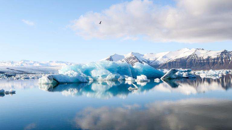 Così i cambiamenti climatici stanno soffocando i laghi