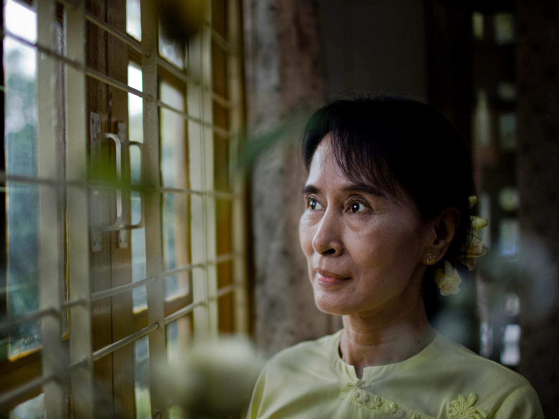 Risultato immagini per aung san suu kyi
