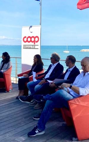 La campagna Coop a vele spiegate verso Ancona